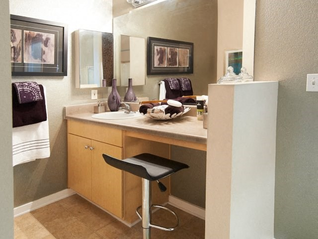Pasadena CA Apartments for Rent - Arpeggio Apartments Bathroom