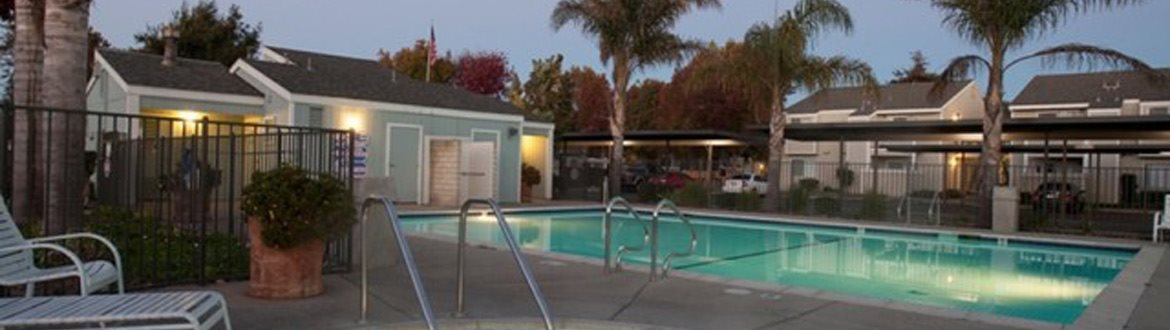 Swimming Pool | Vine by Vintage apts | Lompoc, CA