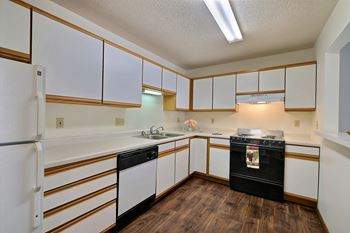 2701 32nd Ave S 2-3 Beds Apartment for Rent Photo Gallery 1