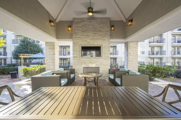 Lounge at The Stratford Apartments in Sandy Springs, GA