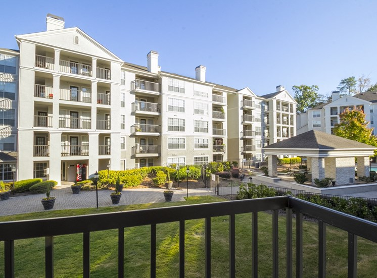 Outdoor View at The Stratford Apartments in Sandy Springs, GA