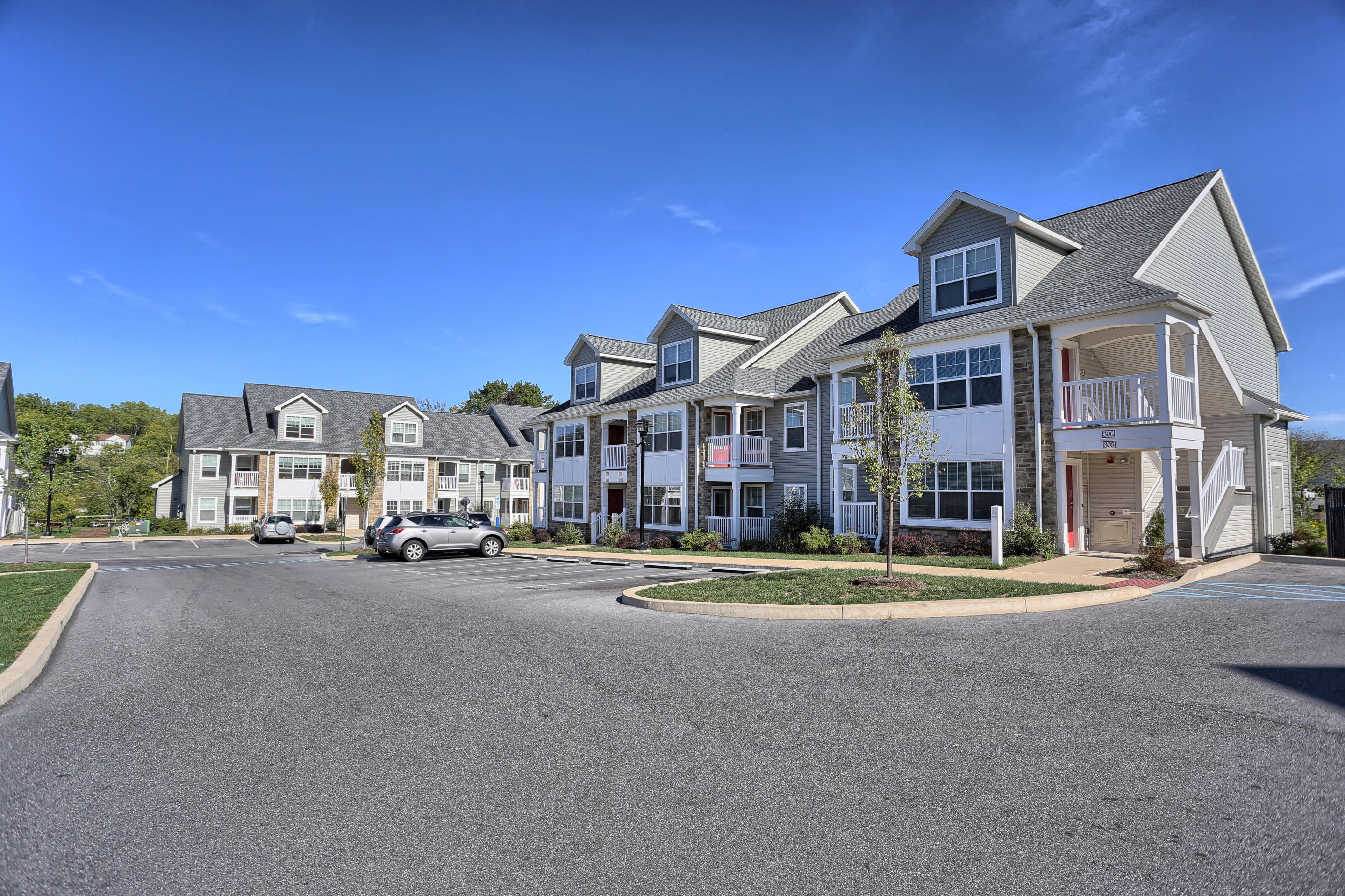 Perfect Two Bedroom Apartments In State College, PA | Limerock Court | Property  Management, Inc