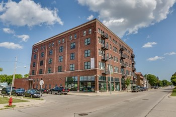 2222 N. 19Th Street 2-3 Beds Loft for Rent Photo Gallery 1