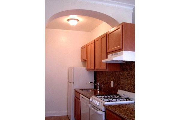 1311 Chicago Apartments, 1311 Chicago Avenue, Evanston, IL - RENTCafé