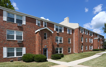 3936 Eagle Drive 1-2 Beds Apartment for Rent Photo Gallery 1