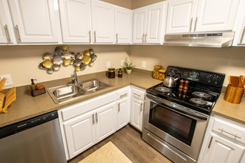 4801 47th Avenue West 1-3 Beds Apartment for Rent Photo Gallery 1