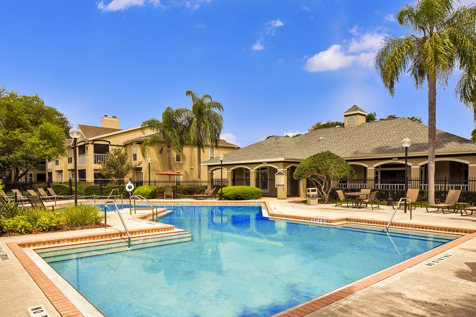 Swimming Pool at Sawgrass Cove Apartments in Bradenton, FL
