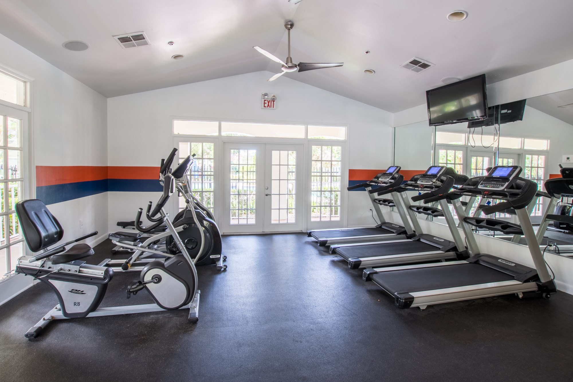 Fitness Center at Sawgrass Cove Apartments in Bradenton, FL