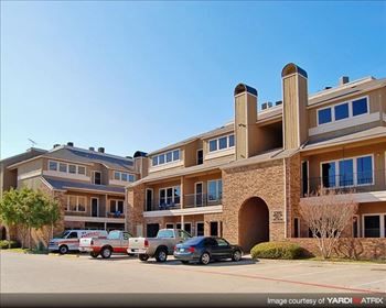5301 Overton Ridge Blvd 1-2 Beds Apartment for Rent Photo Gallery 1