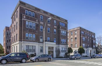 136 & 138 Highland Avenue Studio-1 Bed Apartment for Rent Photo Gallery 1