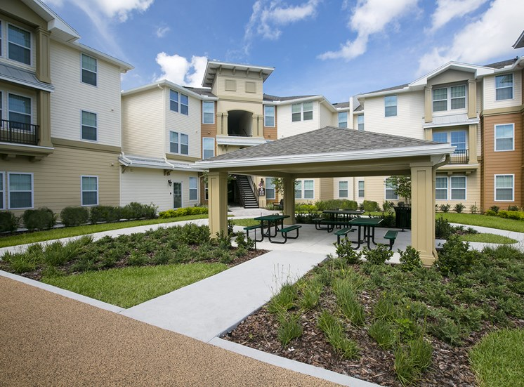 Osceola Pointe Apartments for rent in Kissimmee, FL. Make this community your new home or visit other Concord Rents communities at ConcordRents.com. Picnic area