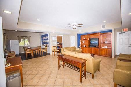 wide angle of common area interior_Westview Gardens Apartments Miami, Florida