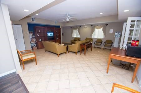 wide angle of living room of common area_Westview Gardens Apartments Miami, Florida