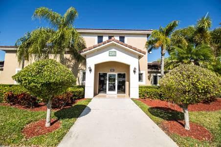 exterior of leasing office building_Westview Gardens Apartments Miami, Florida