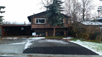 235 Fireoved Dr Unit 1 4 Beds House for Rent Photo Gallery 1