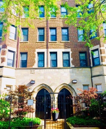 6241 N Winthrop Avenue Studio-2 Beds Apartment for Rent Photo Gallery 1
