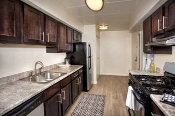 9556 Muirkirk Rd. 1 Bed Apartment for Rent Photo Gallery 1
