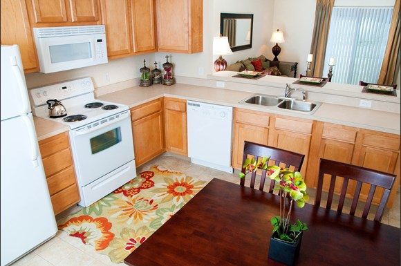 Lakes Of Ridgecrest By Redwood Apartments 8300 Ira Drive
