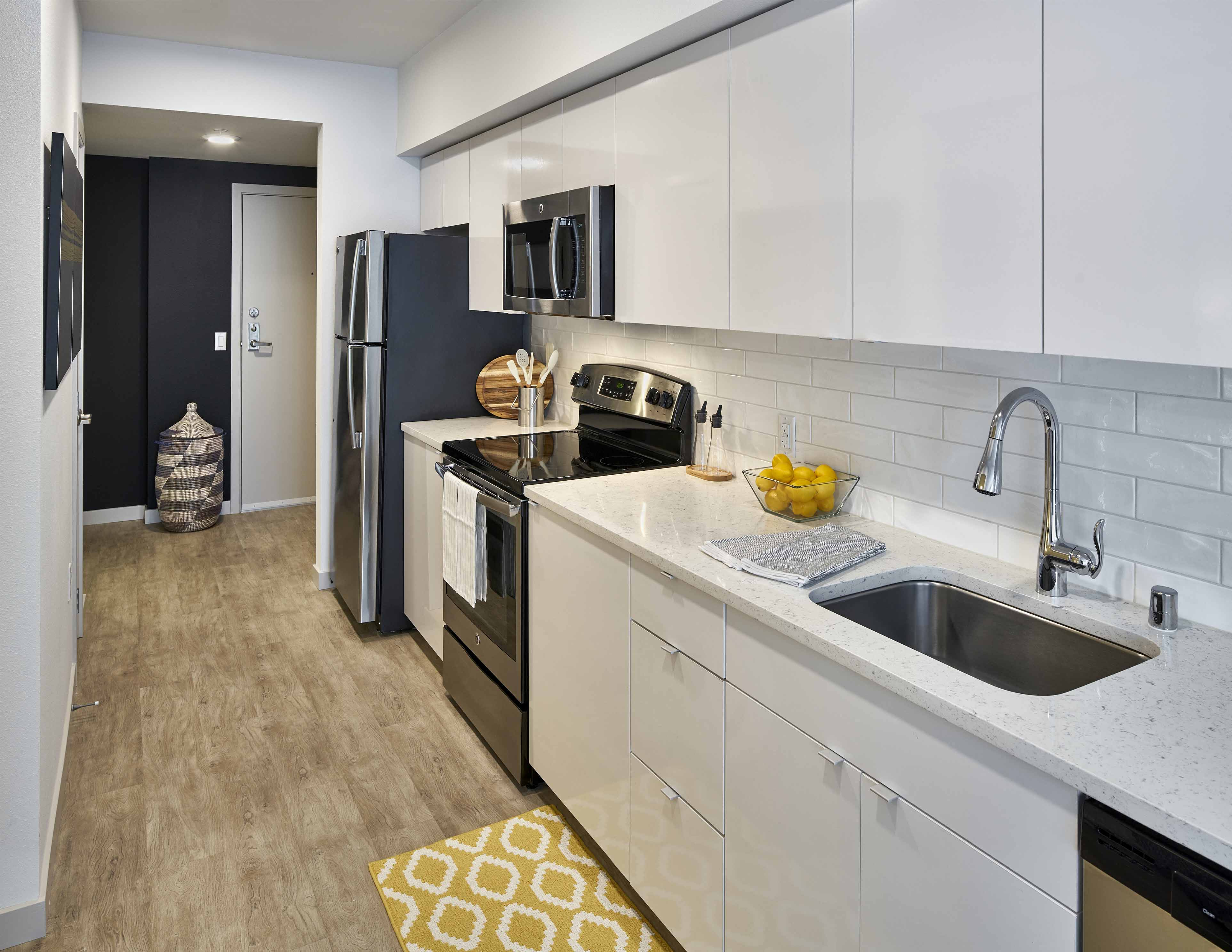 3801 Stone Way North Studio 2 Beds Apartment For Rent Photo Gallery 1