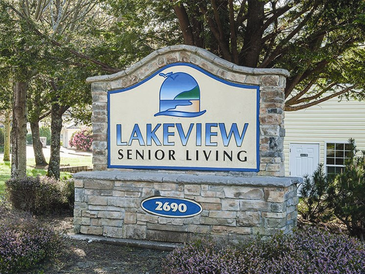 Welcoming Property Signage at Lakeview Senior Living, Oregon
