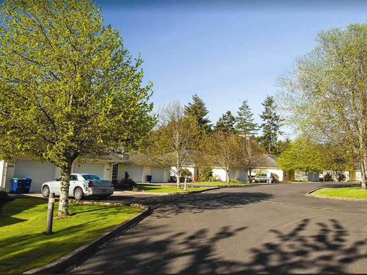 Property Exterior at Lakeview Senior Living, Lincoln City