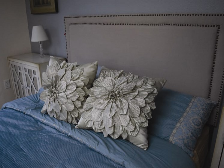 Bedroom Pillows at Oceanview Senior Living, Oregon, 97365
