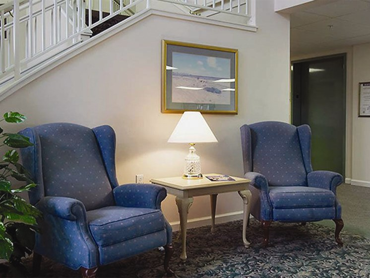 Sofa And Lamp at Oceanview Senior Living, Newport, OR, 97365
