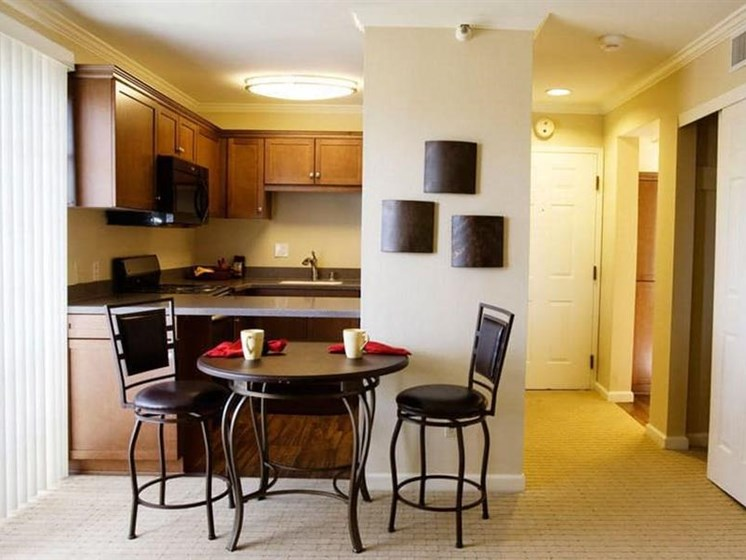 Fully Equipped Eat-In Kitchen at Westmont Town Court, Escondido, California