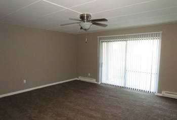 333 Neringa Lane 1-3 Beds Apartment for Rent Photo Gallery 1