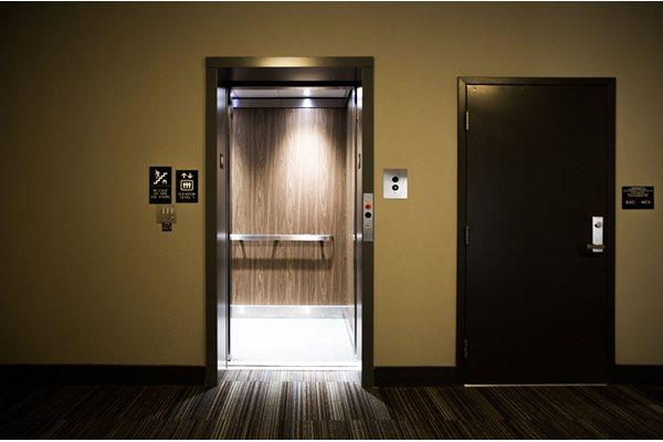 The Flats at Austin Landing Apartments in Miamisburg, OH - Elevator