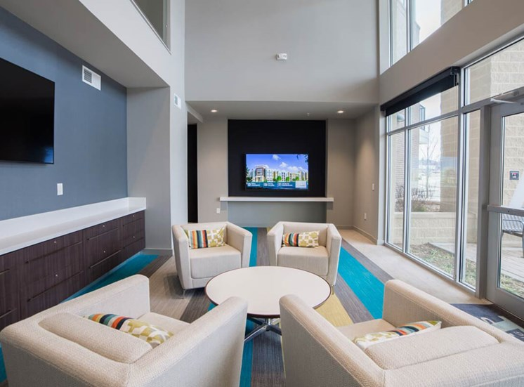 The Flats at Austin Landing Apartments in Miamisburg, OH - Lounge