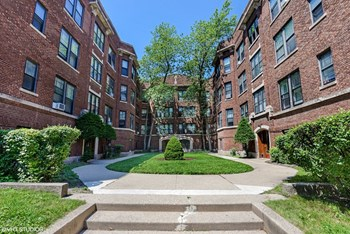 1125 Davis St. 1-5 Beds Apartment for Rent Photo Gallery 1