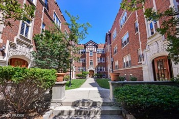 1627-45 Ridge Ave. Studio-4 Beds Apartment for Rent Photo Gallery 1