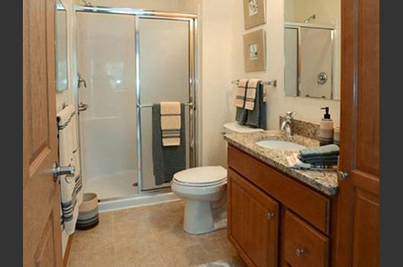 Spacious Bathrooms With Garden Tubs at Highlands at Riverwalk Apartments 55+, Mequon, WI,53092