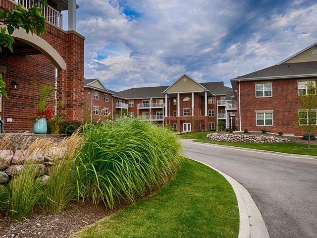 Lush landscaping With Walking Trails at Highlands at Riverwalk Apartments 55+, Mequon, 53092