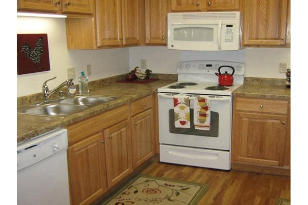 Kitchen at River Crossing Apartments, Winneconne, 54986