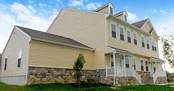 50 Dodson Ave. 3 Beds Duplex/Triplex for Rent Photo Gallery 1