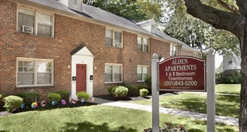 536-56 Alden Drive 1-2 Beds Apartment for Rent Photo Gallery 1