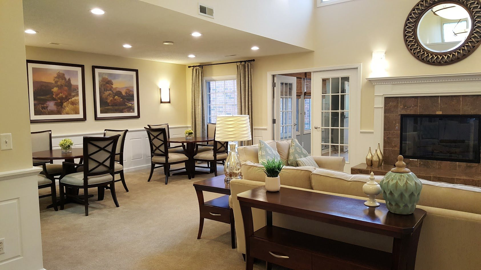 Living Room With Lush carpeting at Brookfield Highlands Apartments 55+, Waukesha, WI, 53186