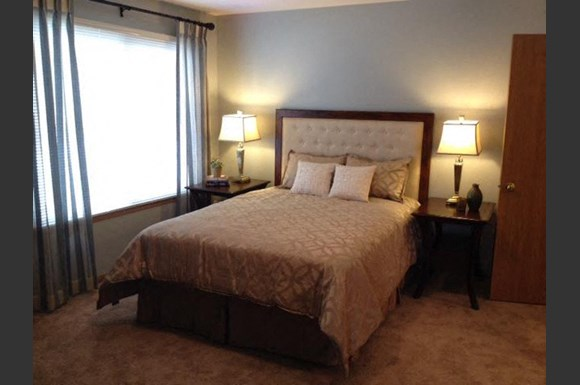 Live in cozy bedrooms at Foresthill Highlands Apartments & Townhomes 55+, Franklin, Wisconsin 53132