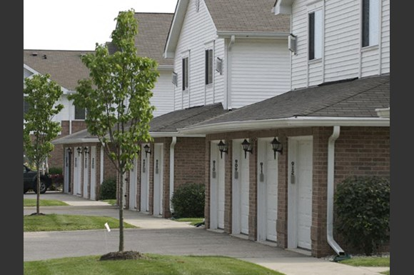 Resort Style Community at Wildwood Highlands Apartments & Townhomes 55+, N78w17445 Wildwood Drive, Menomonee Falls, WI