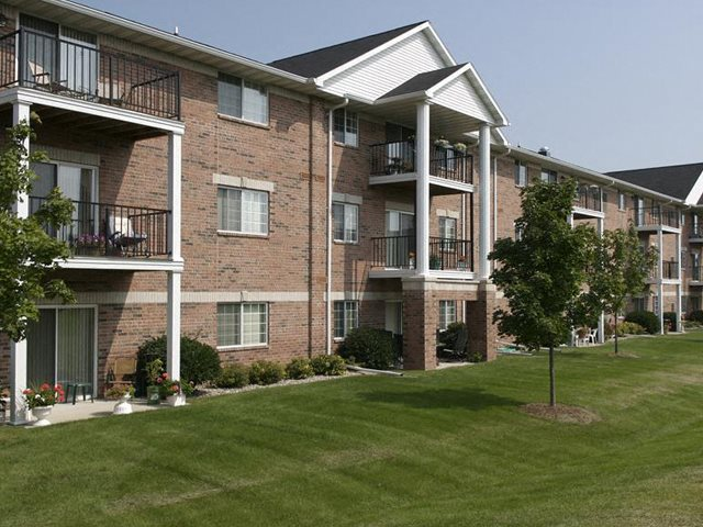 Ridgeview Highlands Apartments & Townhomes,640 Ridgeview Circle,WI,54911 is a Access Controlled Community