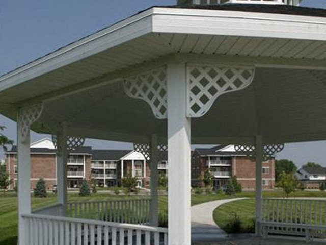 There are Beautiful Surroundings With Courtyard Cabanas at Ridgeview Highlands Apartments & Townhomes,Wisconsin,54911