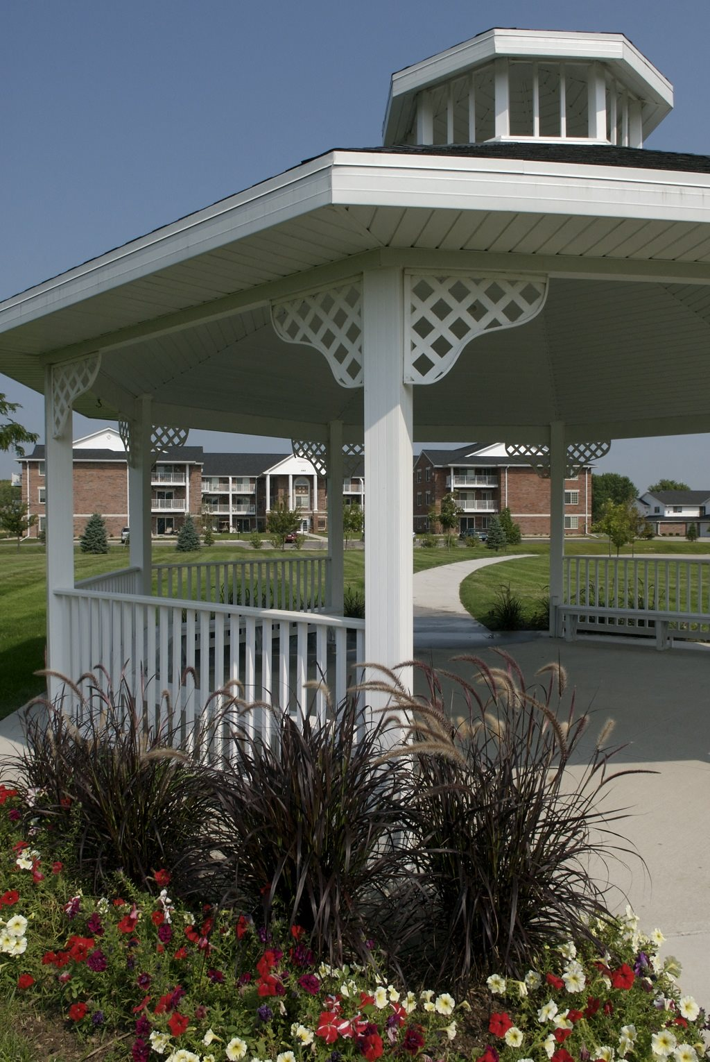 Courtyard Cabanas at Ridgeview Highlands Apartments & Townhomes,640 Ridgeview Circle, Wisconsin