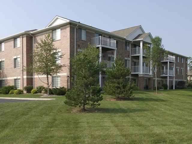 Resort Style Community at Parkway Highlands Apartments & Townhomes 55+, Green Bay, WI,54302