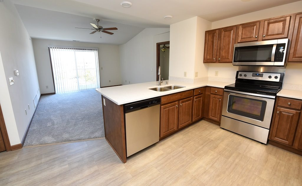 Open Concept Kitchen with Peninsula
