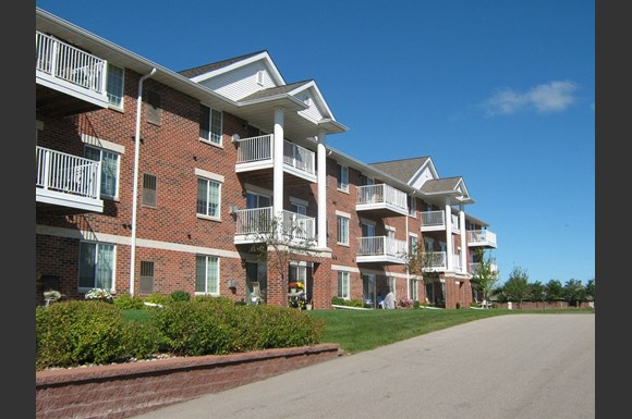 Resort Style Community at The Highlands at Mahler Park Apartments 55+, Neenah, WI,54956