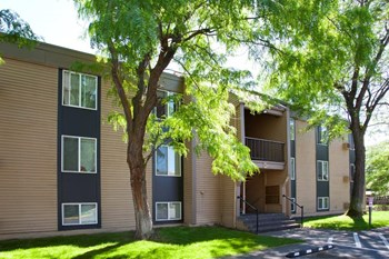 1621 George Washington Way 1-3 Beds Apartment for Rent Photo Gallery 1