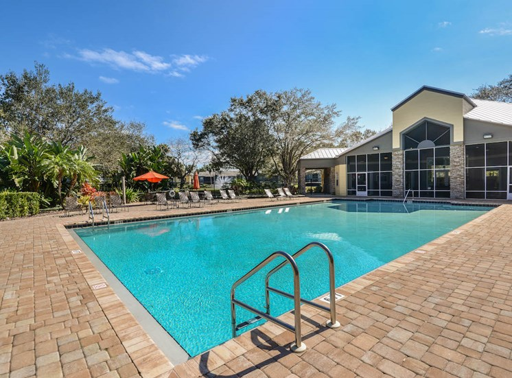 The Savannahs at James Landing Melbourne FL 32935 pool and clubhouse