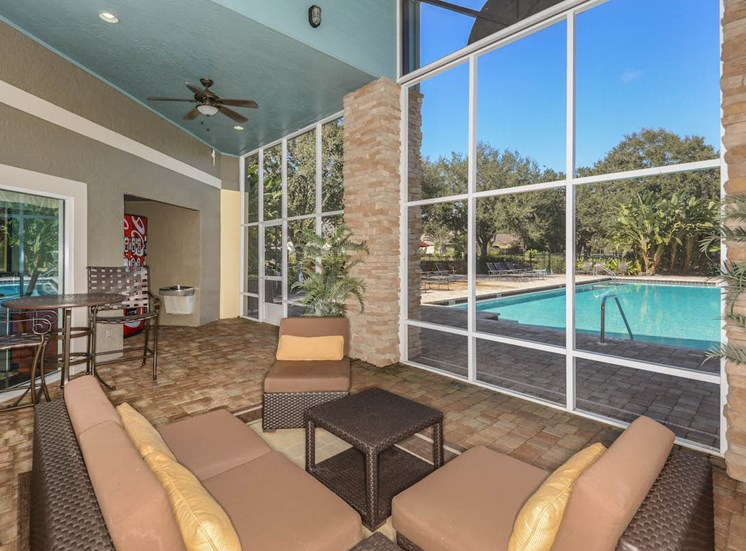 The Savannahs at James Landing Melbourne FL 32935 screened lanai with pool view
